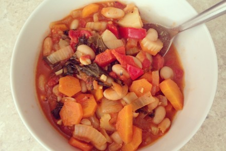 Sweet potato, bean and kale stew