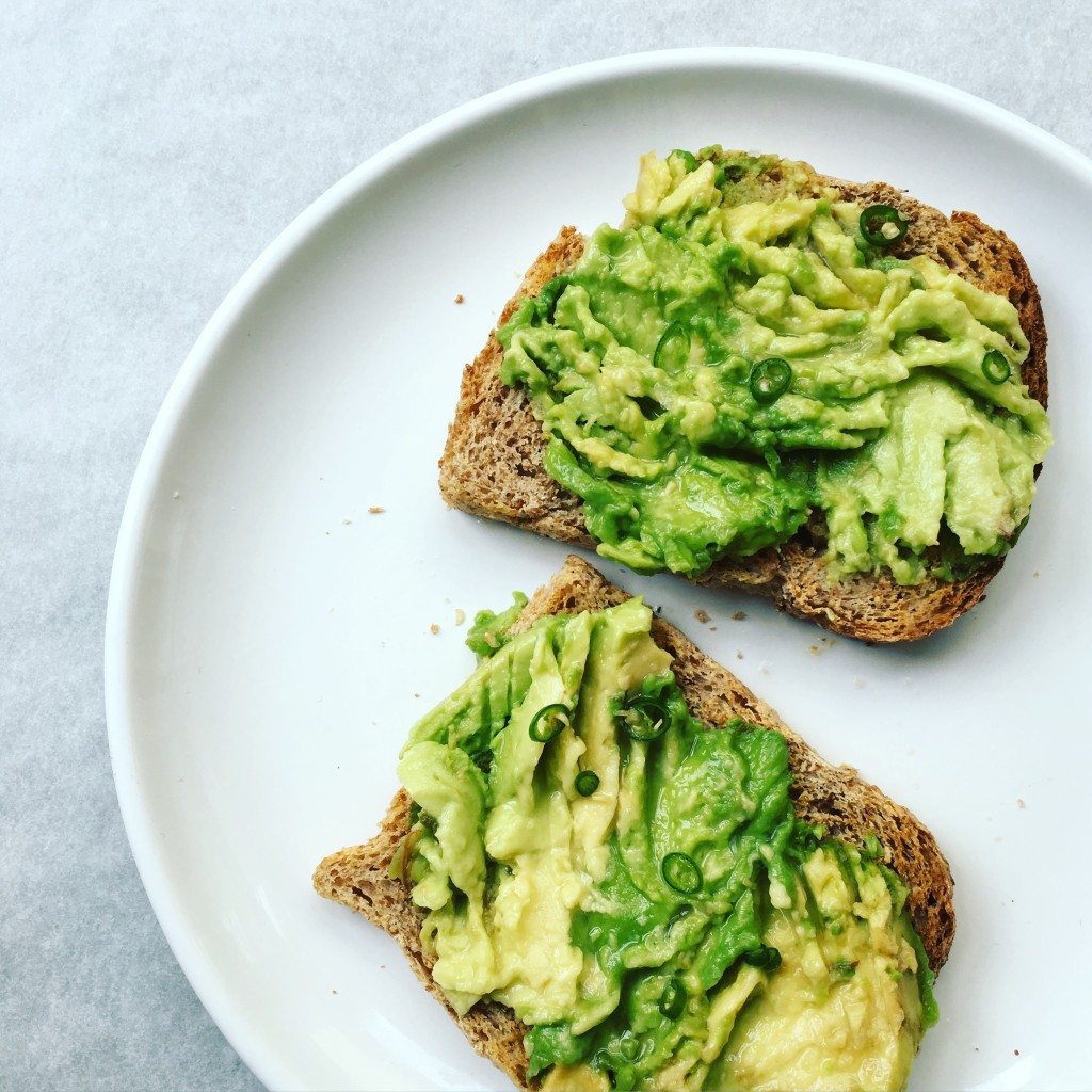 Avocado toast with chilli and lime
