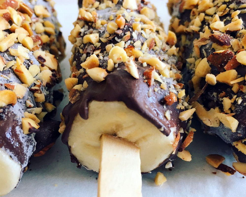 Frozen chocolate banana lolly recipe