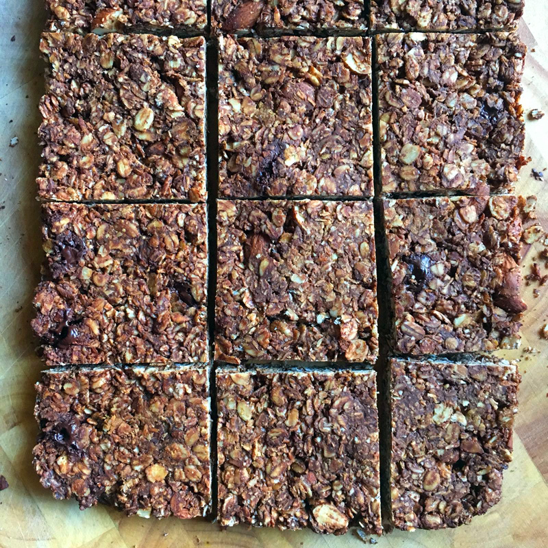 Chocolate and peanut butter oat bar recipe